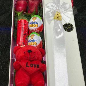 باکس گل آماده ولنتاین کد۴۰۰